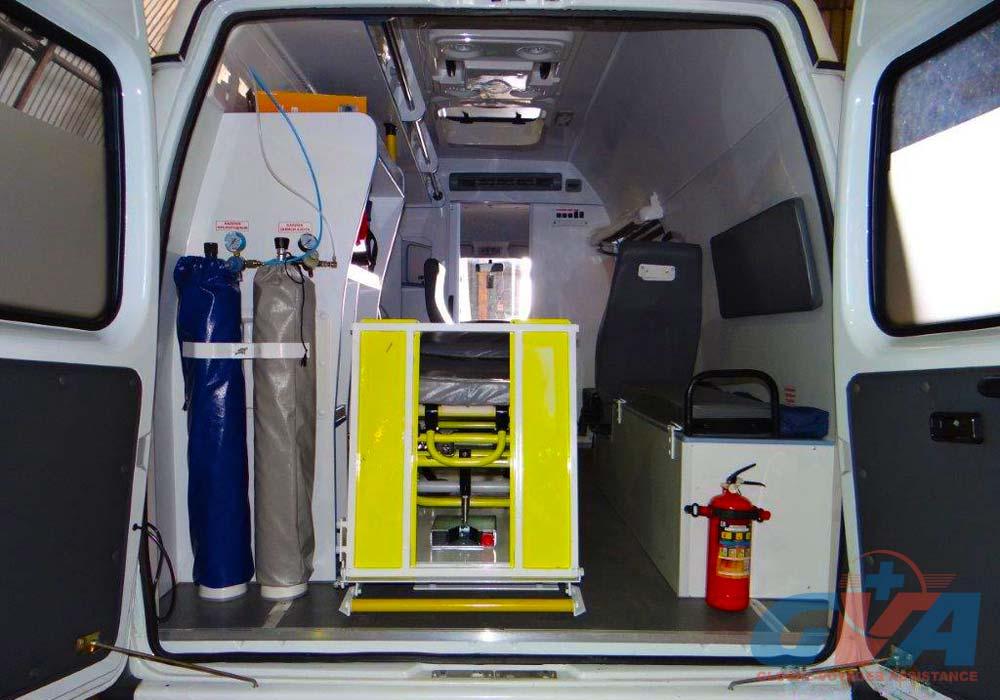 Для наземной транспортировки GVA используется автомобиль скорой помощи или реанимобиль